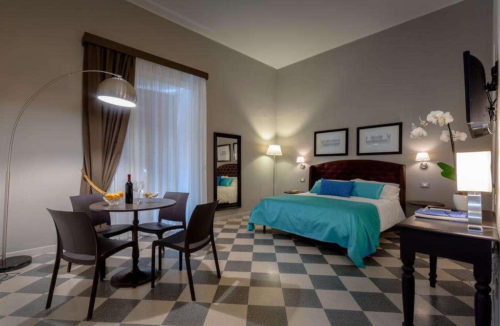 L'intramontabile fascino della camera d'albergo