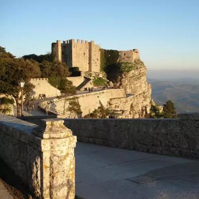 castello di venere-ufficioturisticosiciliaonline