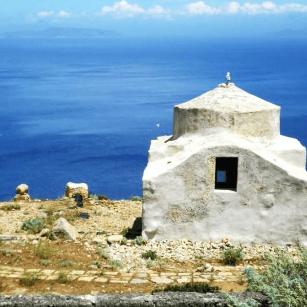case-romane-chiesetta-bizantina-marettimo