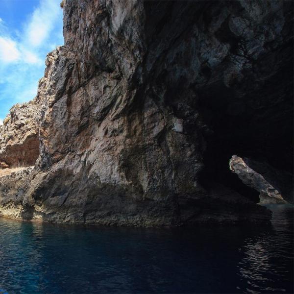 grotta-perciata-marettimo